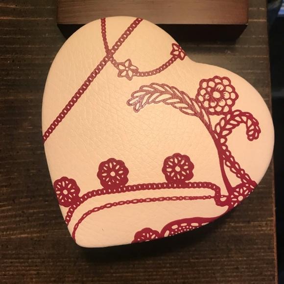Pandora Jewelry - Pandora jewelry box